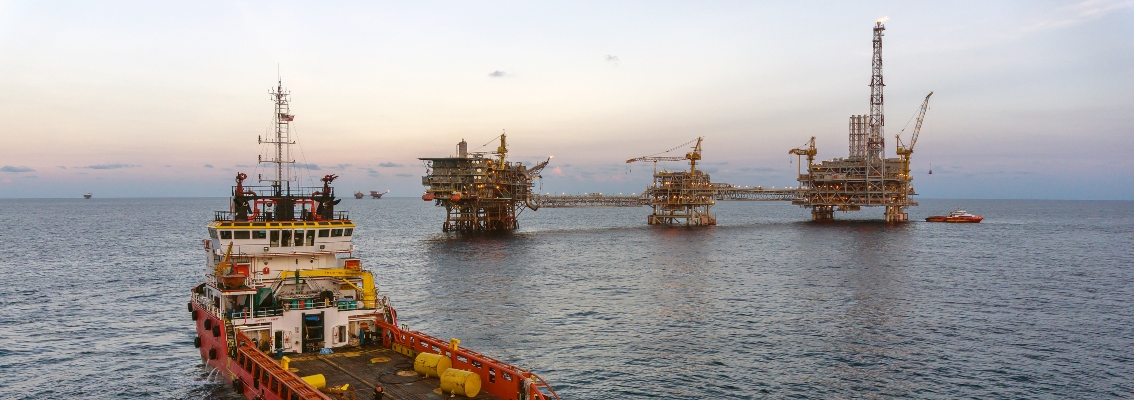 Vessel and offshore asset